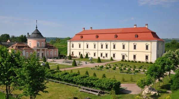 1443810297560ecbf98f663 - Замки Львовщины + Замок мушкетеров