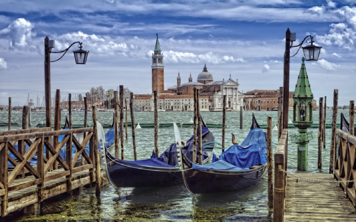 Venezia in winter colors 1024x640 - Италия