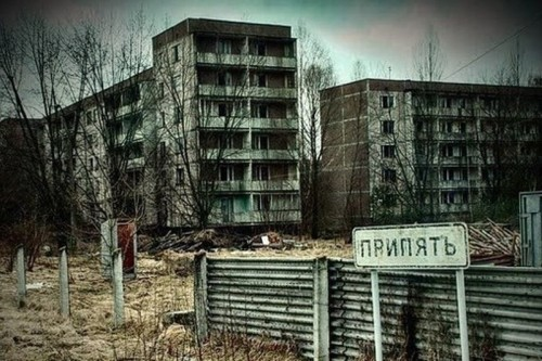 15458118835c2337ab32022 - Чернобиль за 1 день