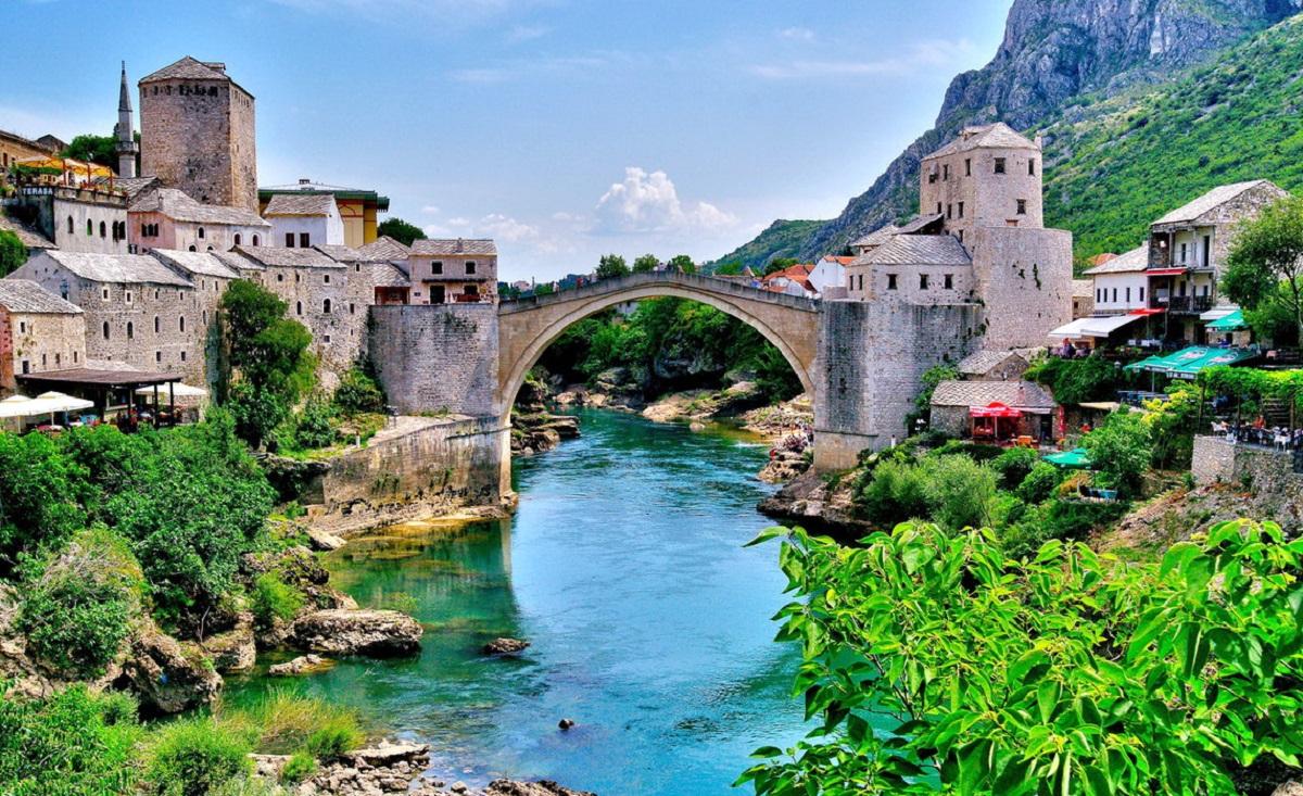 Mostar Bosnia 4 - Хорватия 24/7