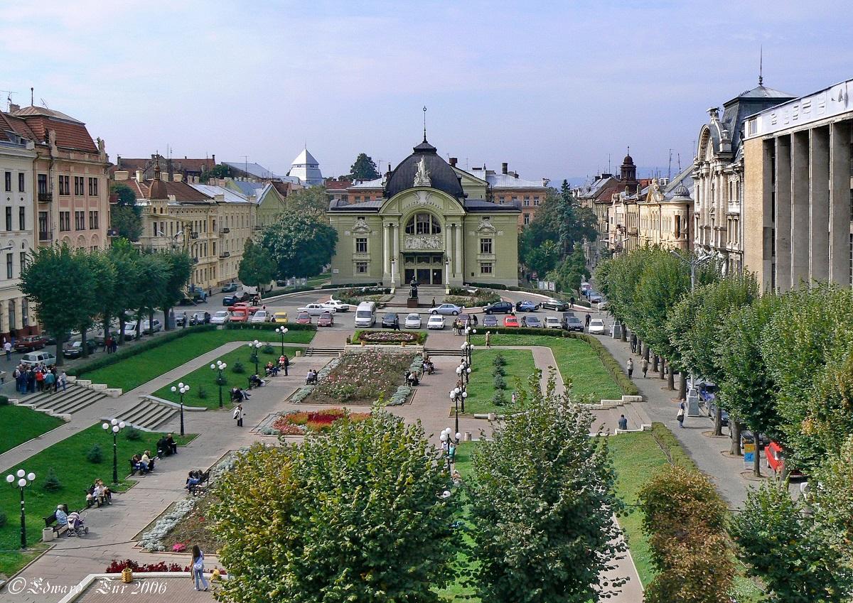 Teatralna ploshha - Чудеса Подолья и Буковины + Бакота