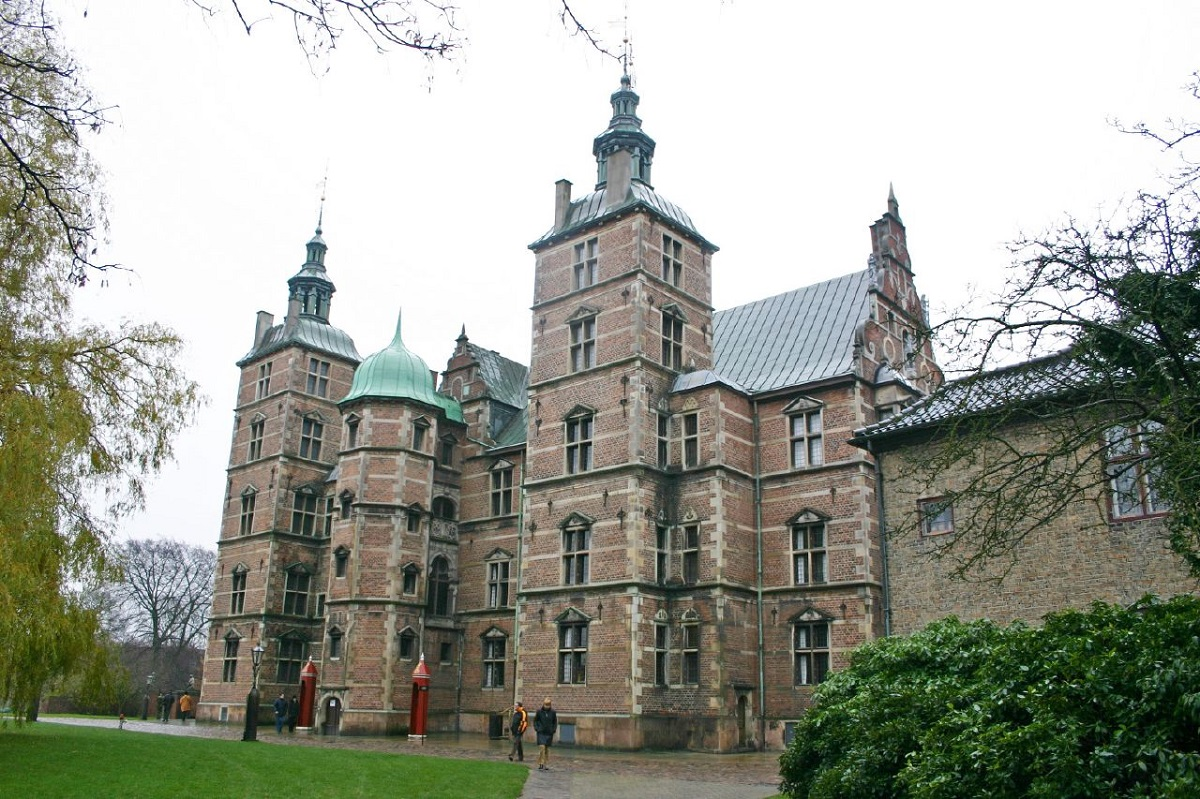 Zamok Rozenborg Kopengagen - Новые горизонты: Рига, Стокгольм, Копенгаген, Амстердам