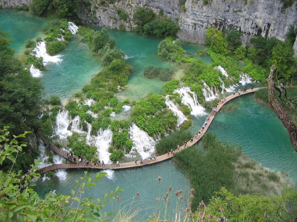 plitvickie vodopady s vysoty - Хорватия 24/7