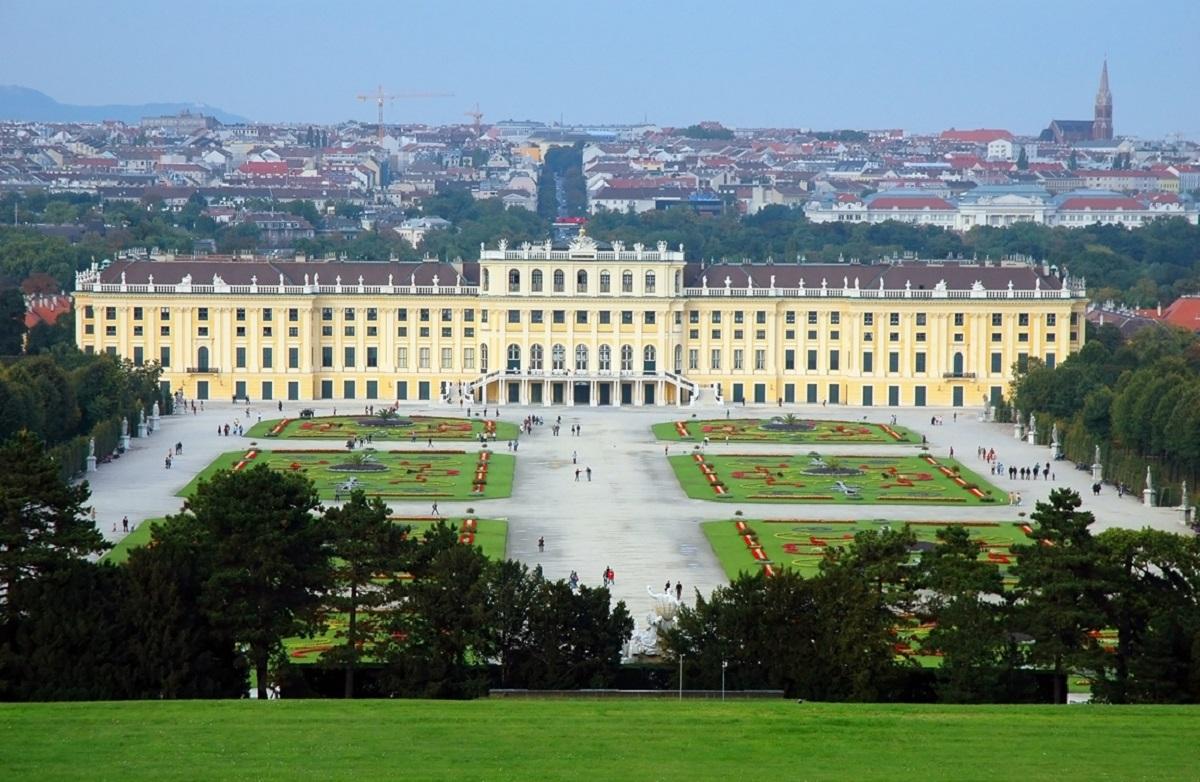 Dvorets SHenbrunn Vena - Ключ в Европу: Будапешт+Вена