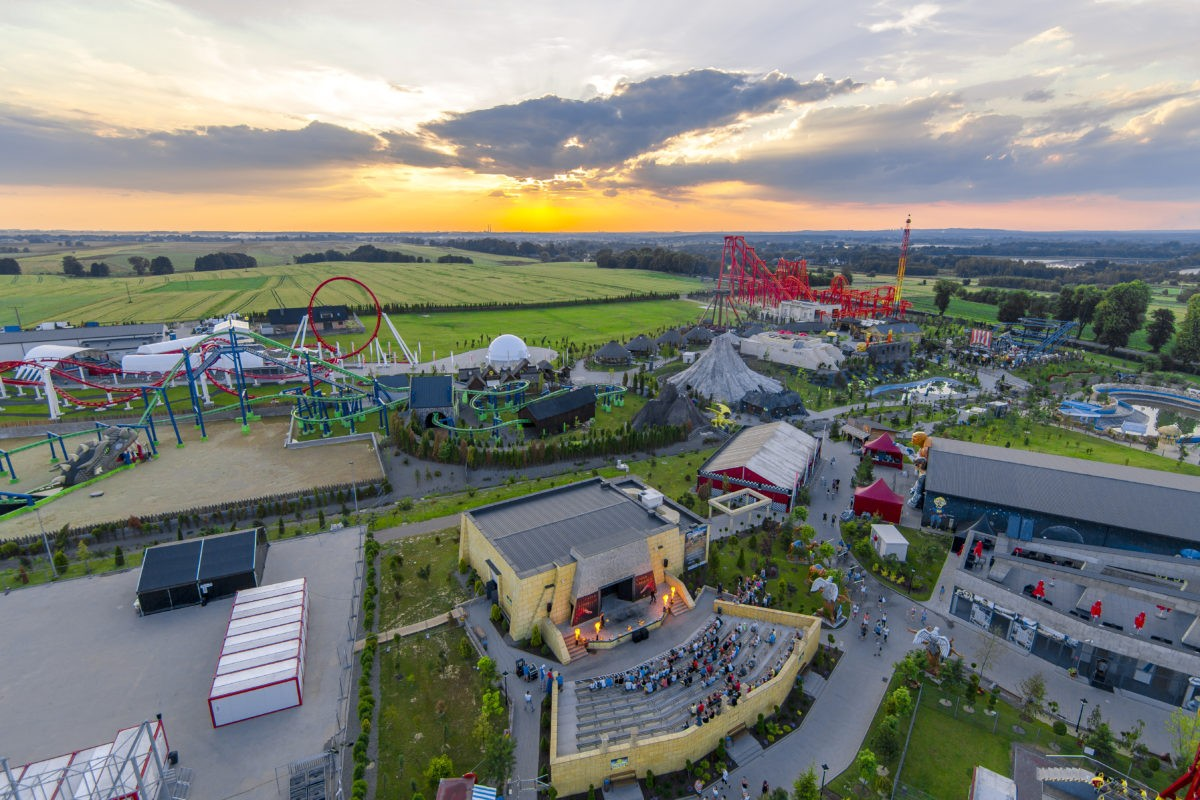 2P1B1101 1200x800 - Енерджиландия. Самый большой парк развлечений Польши