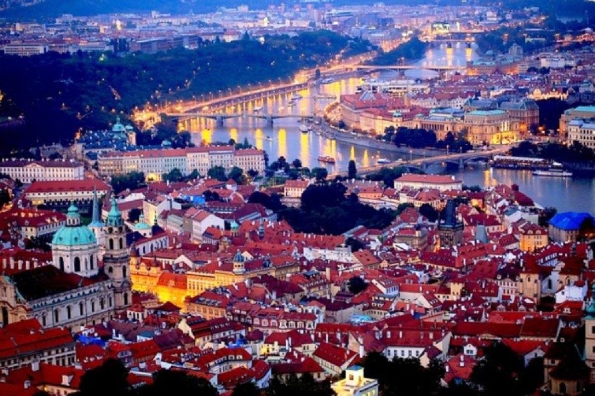 240660337 - Златая Прага