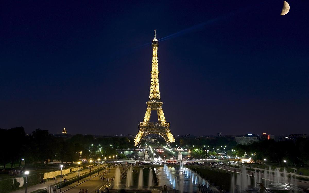 osveshhenie Ejfelevoj bashni2 - Я люблю тебе Париж