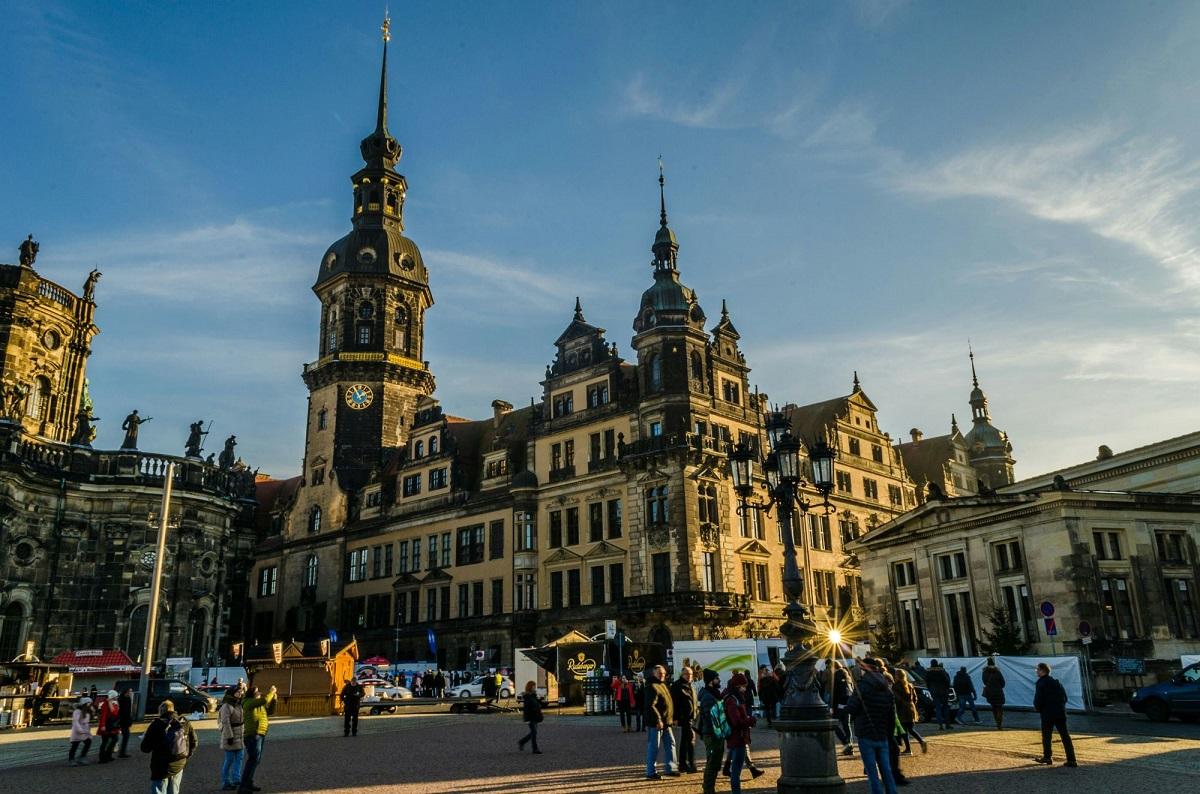 big 58e0ce62ff9367016109c005 591b05805a02f 1chm1c0 - Рождественский тандем! Прага, Дрезден