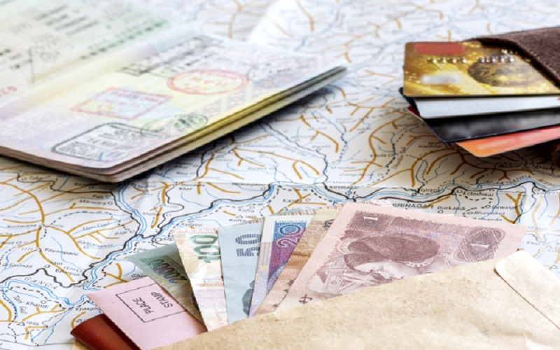 travel_generic_map_money_moneycard