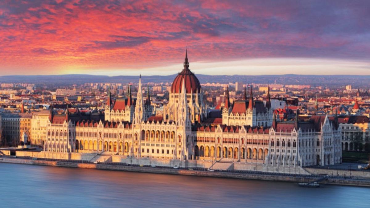 Budapesht e1505797630165 1280x720 - Відень, Будапешт - вихідні зі смаком