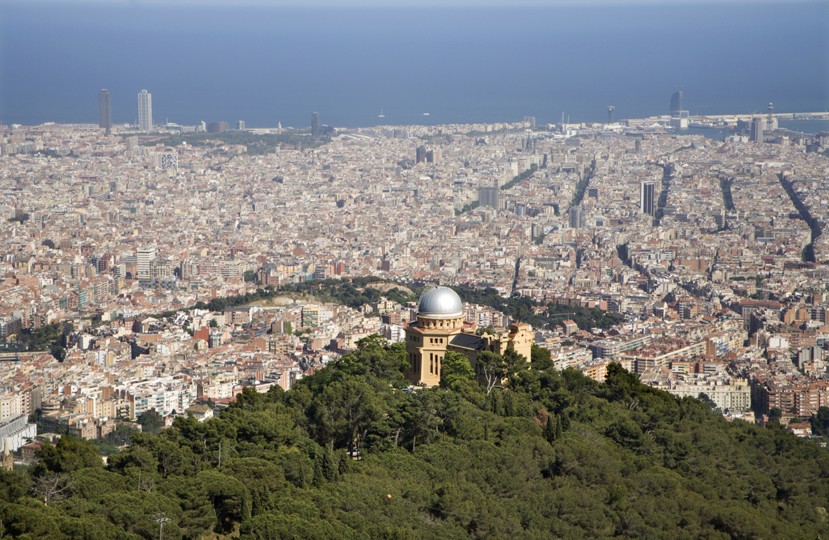 Panoramic view of Barcelona from Tibidabo hill 1 1 - HOLA! БАРСЕЛОНА