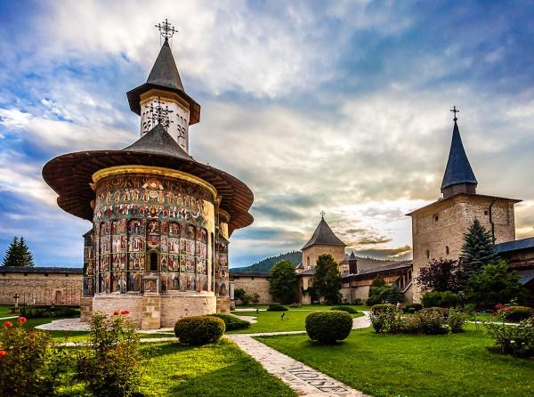 15838426495e6785597721d - Разноцветная Румыния: потерянное и величественное
