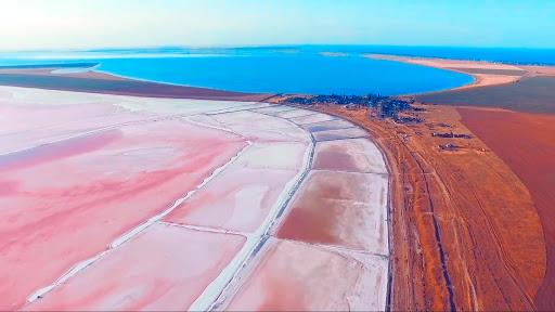 15861902625e8b57b661877 - Чудеса Херсонщины: от розовых озёр к Олешковским пескам