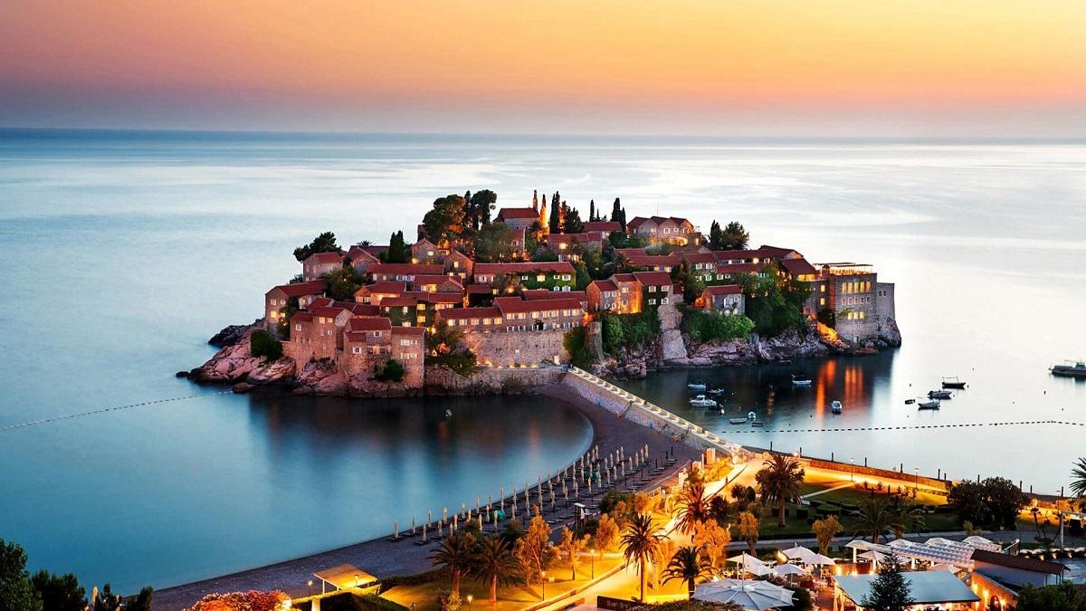 8a6507797b8f4e49b7f44bd0b8e2ea34.max 2500x1500 1 - Преимущества отдыха в Черногории