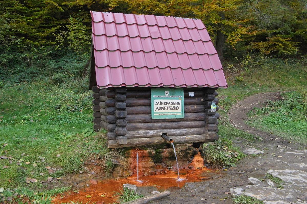 Kelechyn Mizhgirskyi Zakarpatska spring N226 3 - Пилипец– живописный уголок Карпат